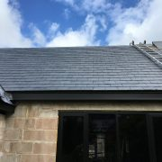 Estillo Slate on house roof during building Closer